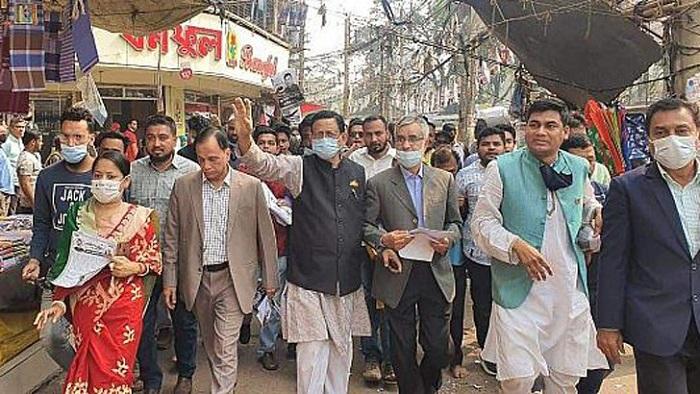 চট্টগ্রাম সিটি নির্বাচন: আওয়ামী লীগ মনোনীত মেয়র প্রার্থী রেজাউল করিম বিপুল ভোটে এগিয়ে রয়েছে