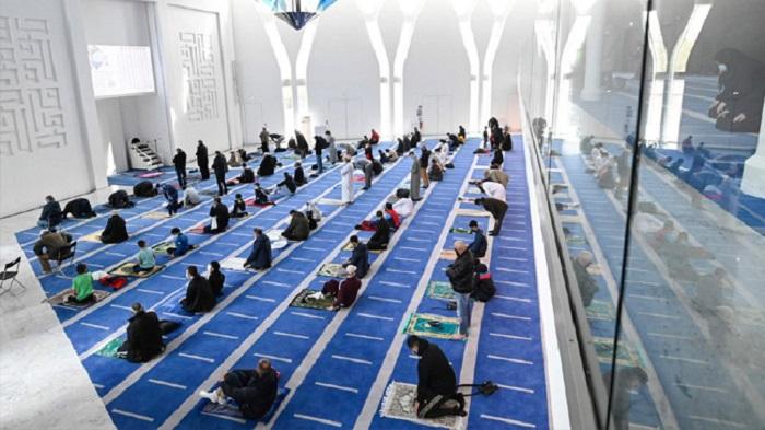 মুসলিম সম্প্রদায়কে রমজানের শুভেচ্ছা জানিয়েছে ফরাসি ক্লাব পিএসজি